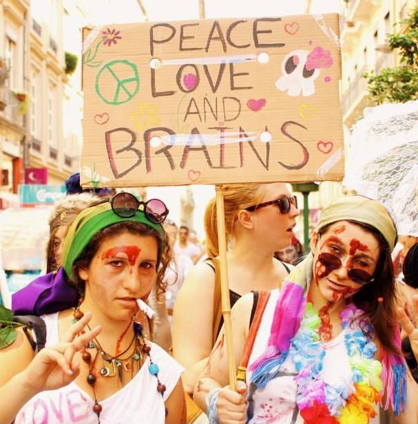 Zombies Hippies en liberté surveillée